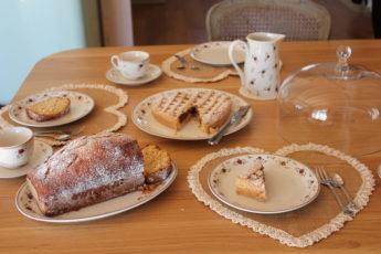 Una colazione tra amiche. (ricetta del plum cake e della crostata)